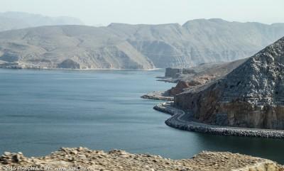 The steep road along the Musandam coastline