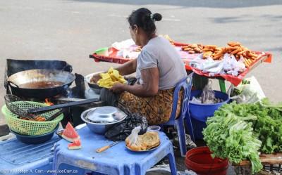Street vendor beside Mahabandoola Garden in Yangon