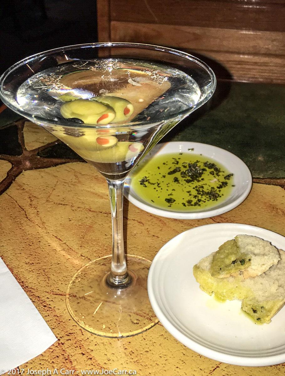 Classic Martini, bread, oil & vinegar