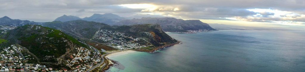 Cape Peninsula shoreline - Sea Point, Bantry Bay and Camp's Bay