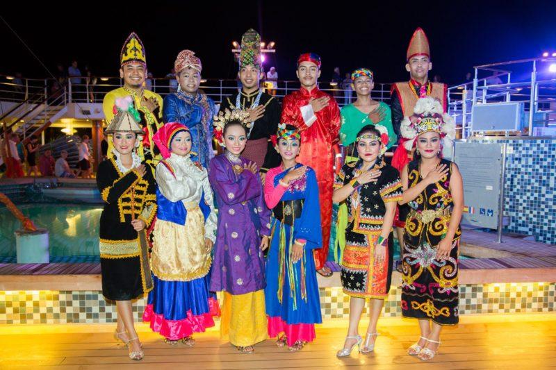 Warisan Seni Budaya Malaysian dance troupe